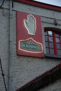 The symbol of De Koninck and Antwerpen:the hand.